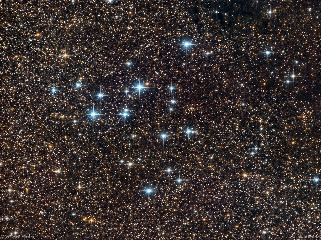m39-opencluster-2016-09-29-30c-31l-200s-13rgb-120sb2x2-fl1000